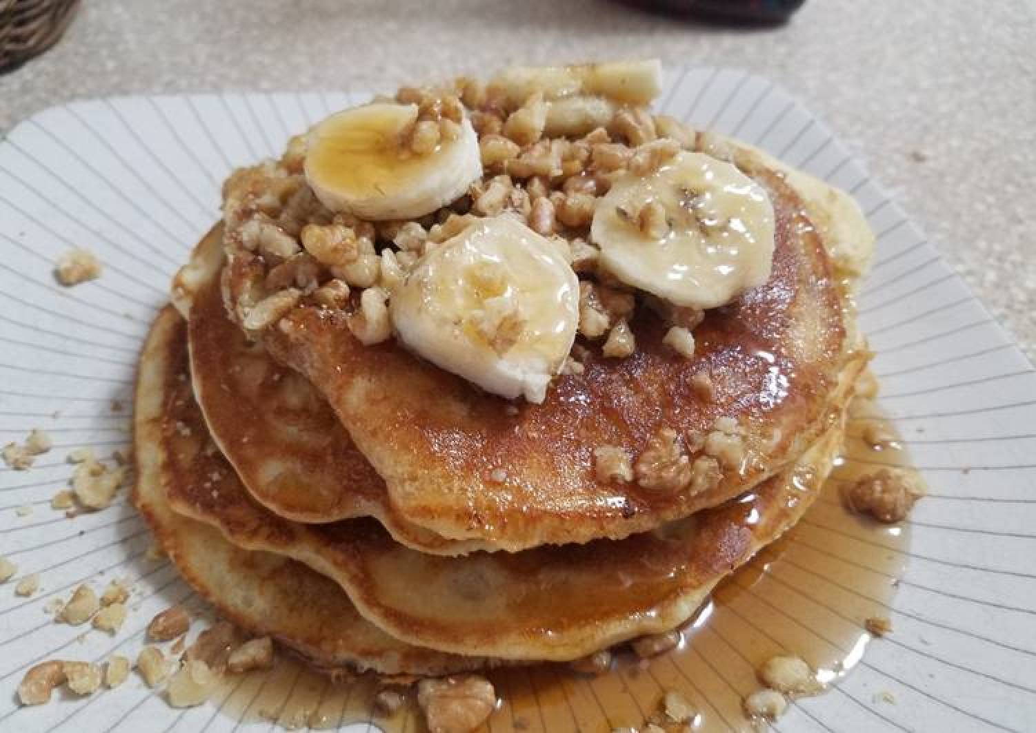 Bisquick Banana Walnut Cinnamon Pancakes