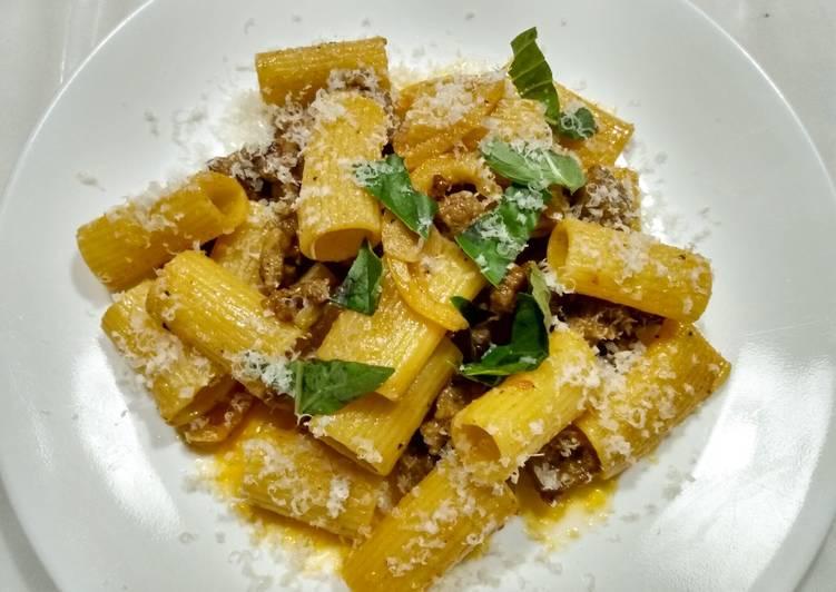 Brown butter, lemon, and sausage pasta