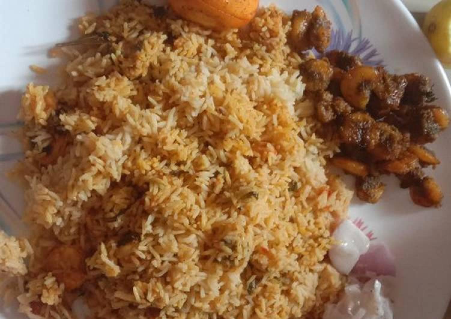 Prawn briyani and spicy prawn fry