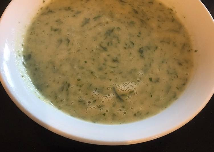 Parsley and White Bean Soup