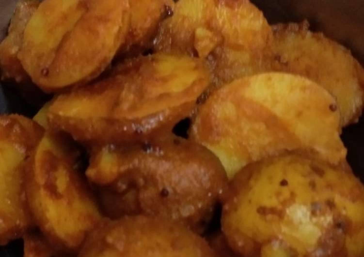 M's chilli Baby Potatoes