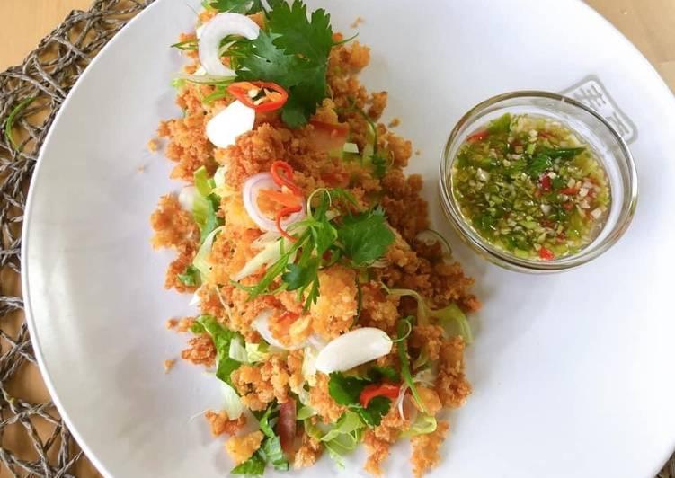 Crispy Chili Prawns Salad • SUPER EASY PRAWNS RECIPE •Thai Crispy Prawn Salad  ThaiChef food