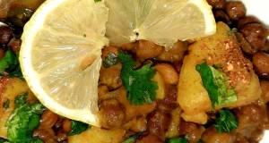 Black chickpea with potatoeskaale chana aloo