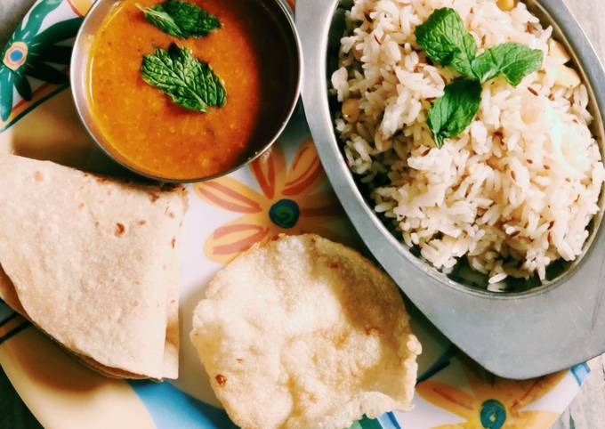Recipe of Homemade Jeera rice daal fry
