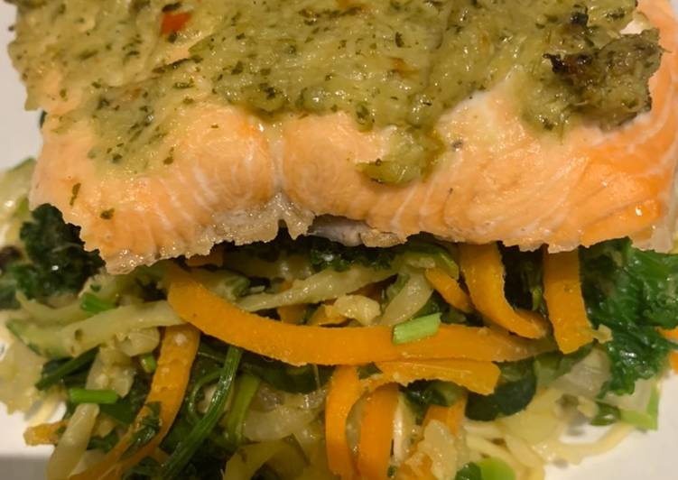 Thai salmon with noodles