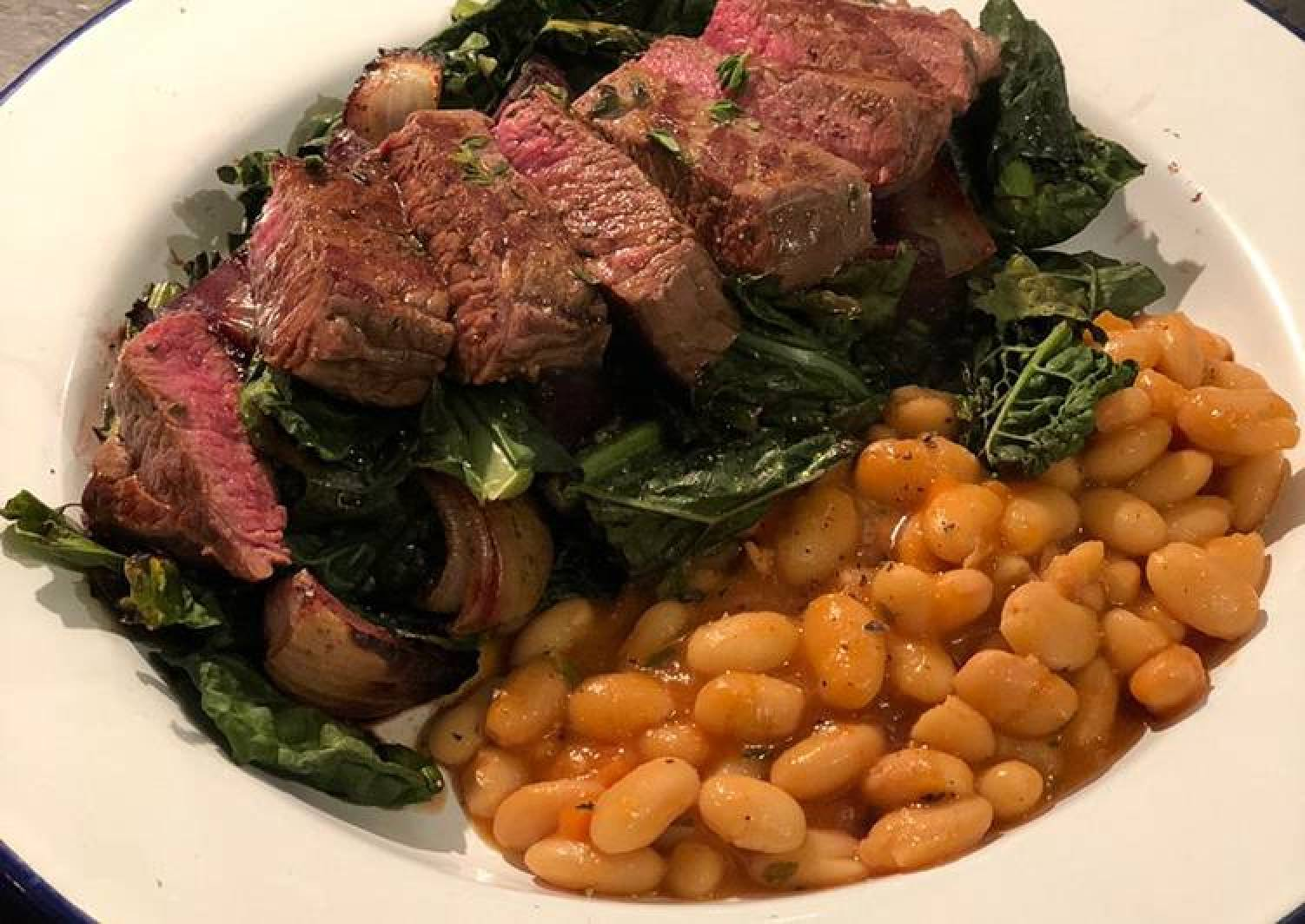 Venison with roast cavolo nero and beetroot. Stewed cannellini beans 🦌