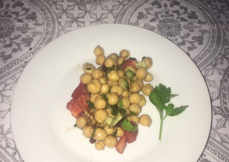 Vegan Chickpea salad 🥗