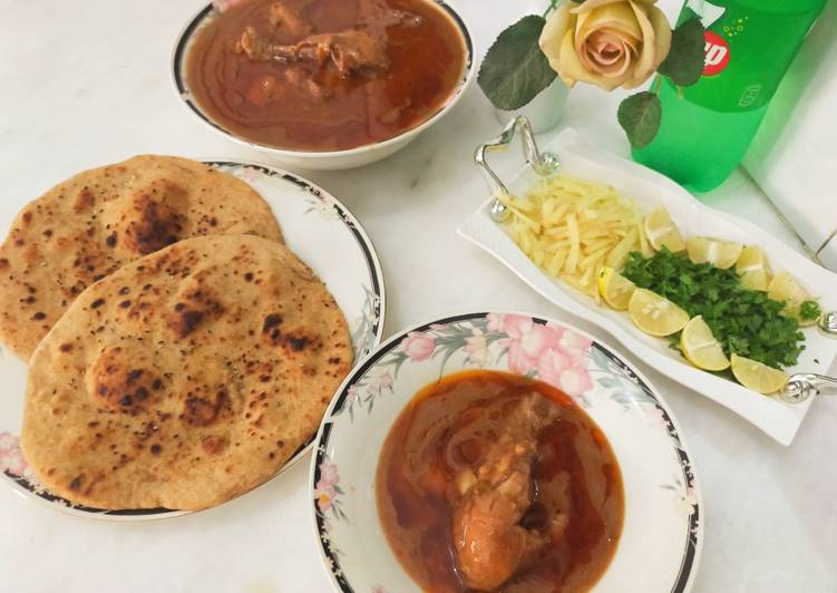 Chicken nihaari with homemade whole wheat naan !
