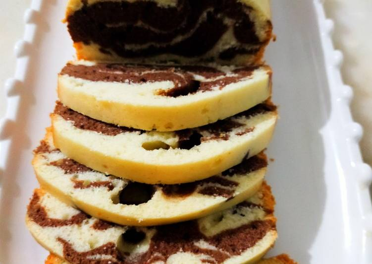 Marble tea cake without oven