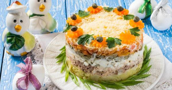 Слоеный салат с тунцом - пошаговый рецепт с фото. Автор ...
