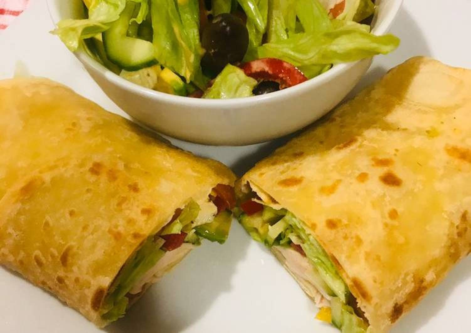 Roti serve with green salad