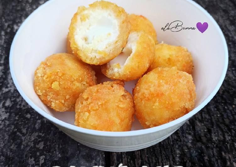 153. Bola KenJu Lumer (Cheesy Potato Balls)