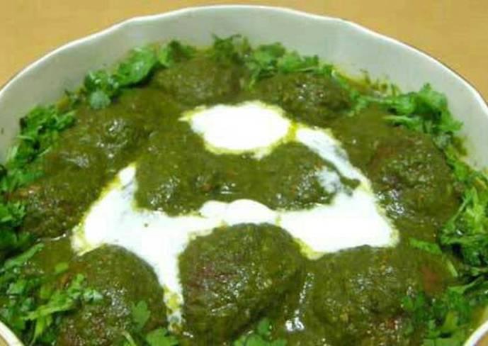 Malai Kofta with Spinach Gravy