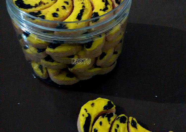 Banana Chocolate Cookies Ny. Liem