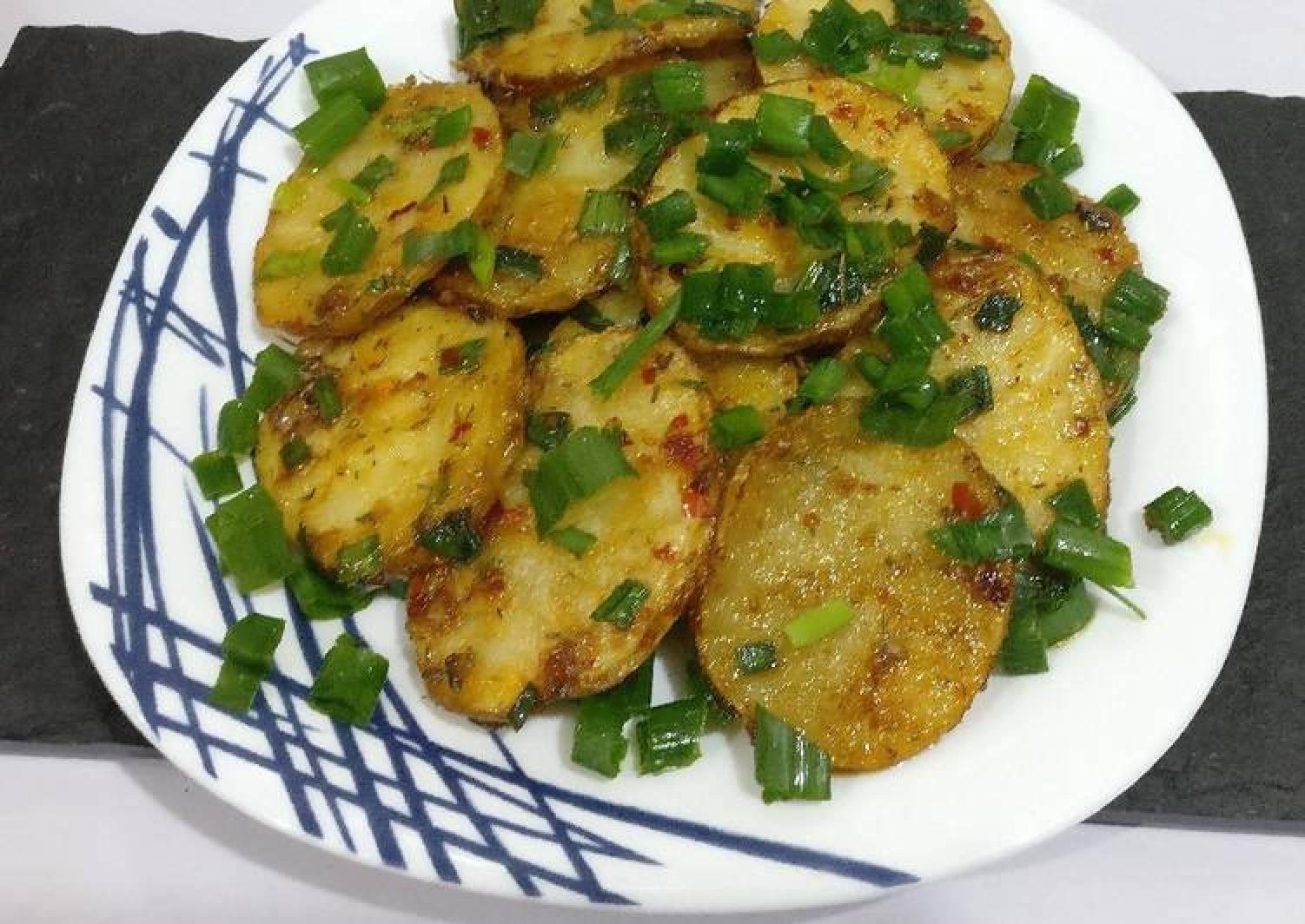 Potatoes in teriyaki sauce