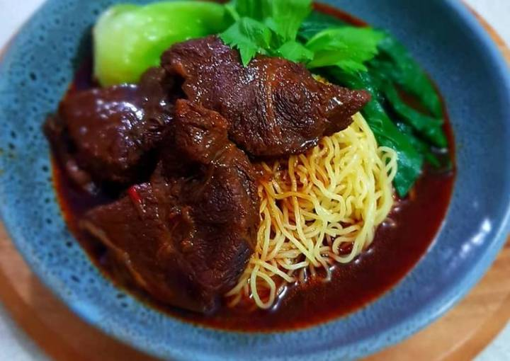 Taiwanese Beef Noodles Soup