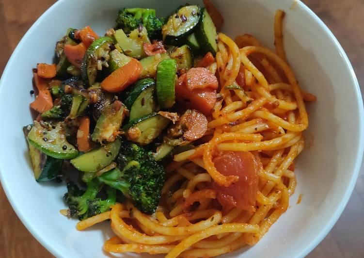 Spaghetti Pasta and stir fry veggies