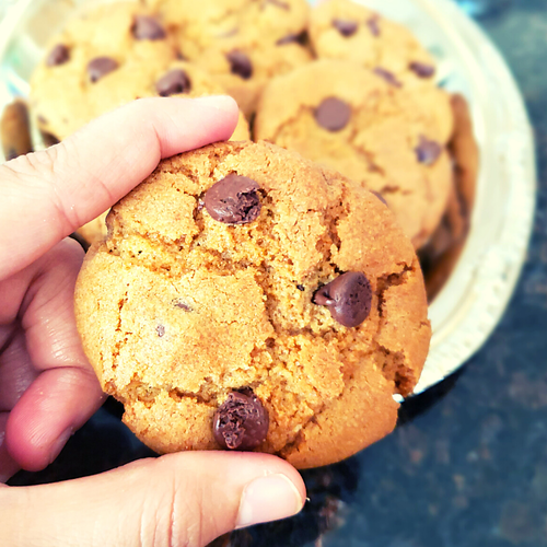 Eggless & Whole wheat flour Chocolate chip cookies   Soft & Chewy Cookies
