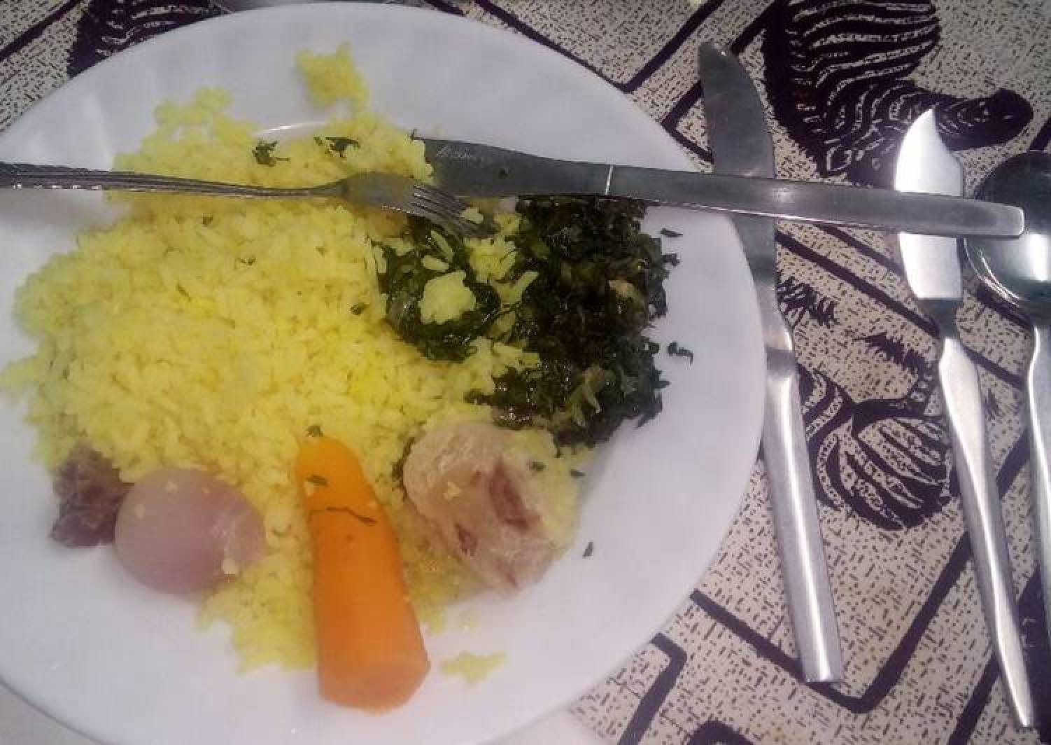 Tumeric rice with fried vegetables
