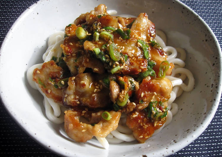 How to Make Award-winning Spicy Pork Udon