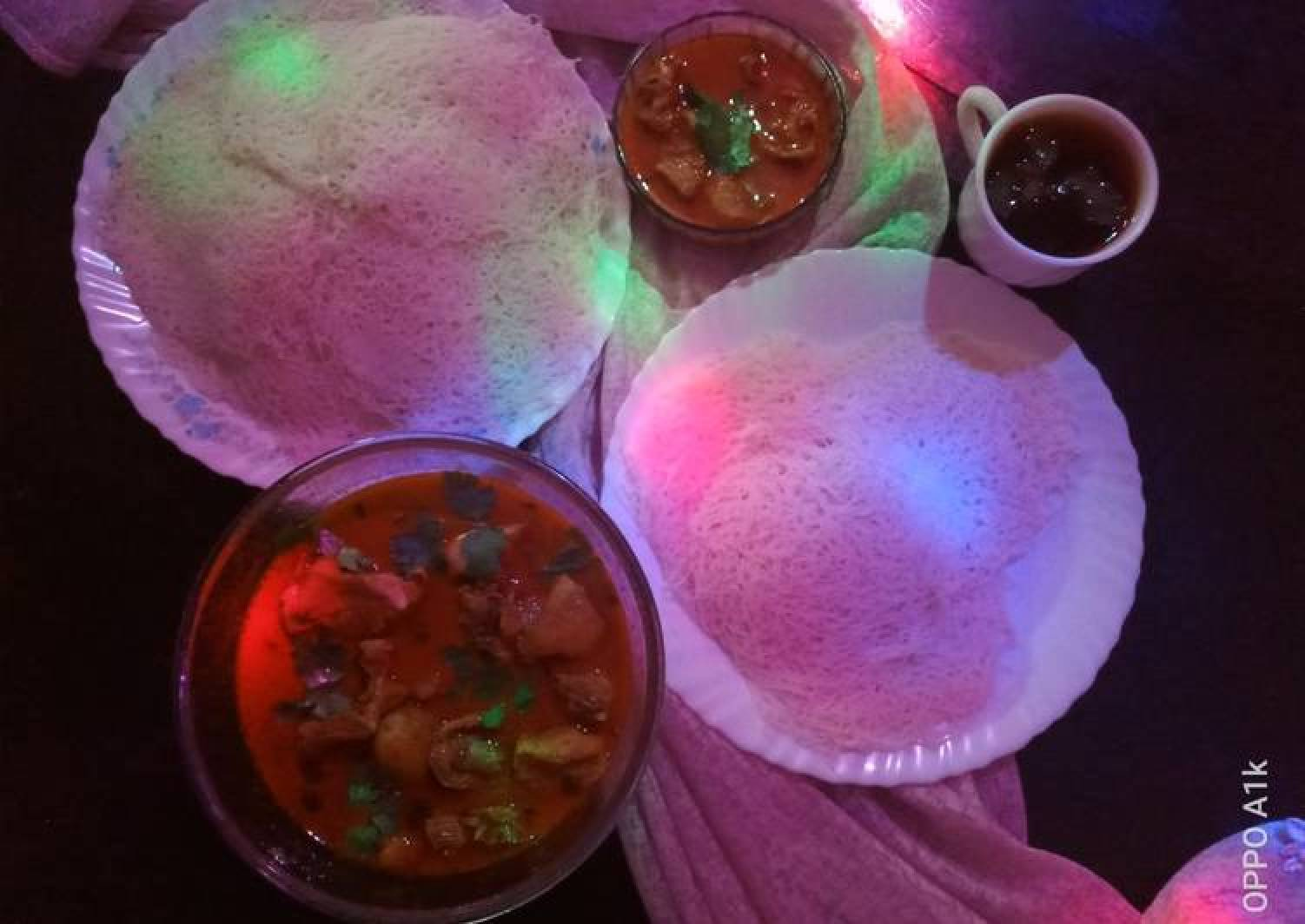 String hoppers with chicken curry
