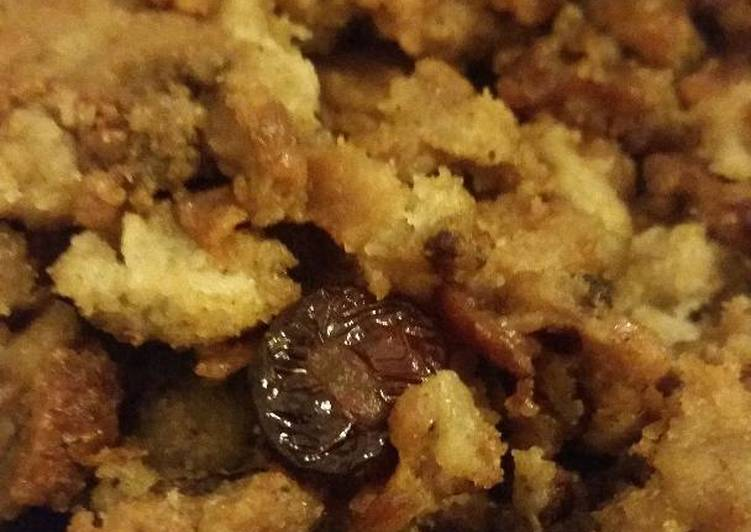 Recipe of Perfect Slow Cooker Sausage Stuffing/Dressing