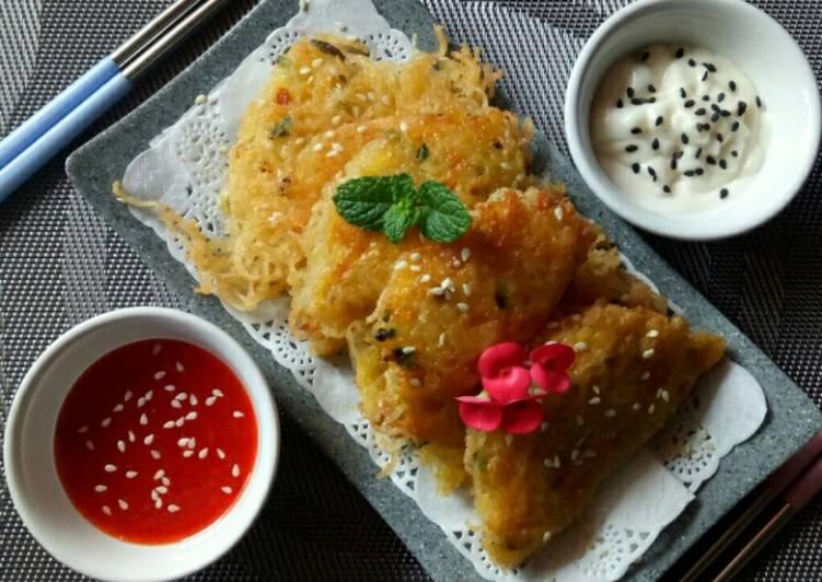 117. Korean Egg Dumpling