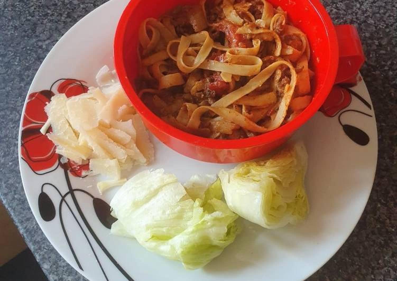 Mild Chilli Beef Tomato Tagliatelle