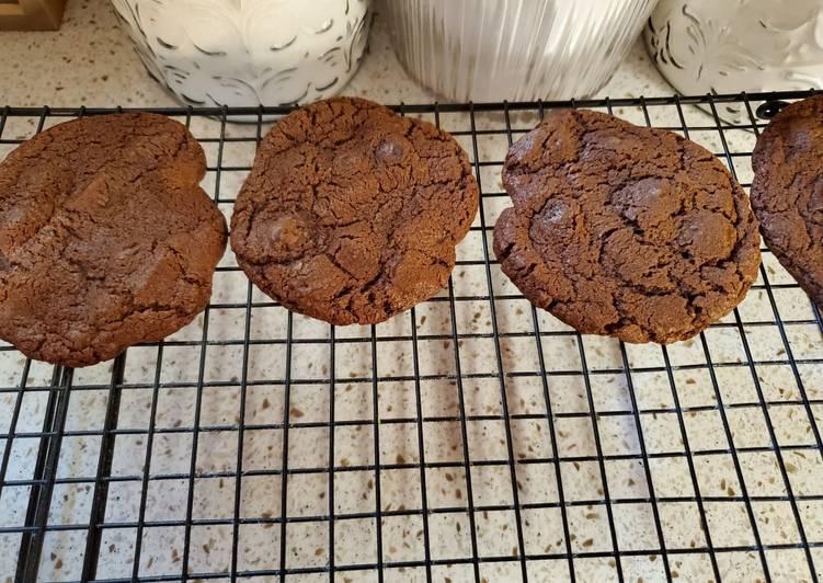 Dark Chocolate Chocolate Chip Brownie Cookies