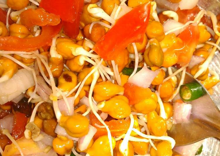 Recipe of Ultimate Sprouted chana chat