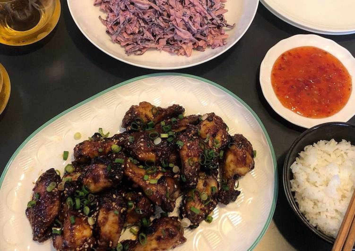 Sweet & sticky wings with classic slaw