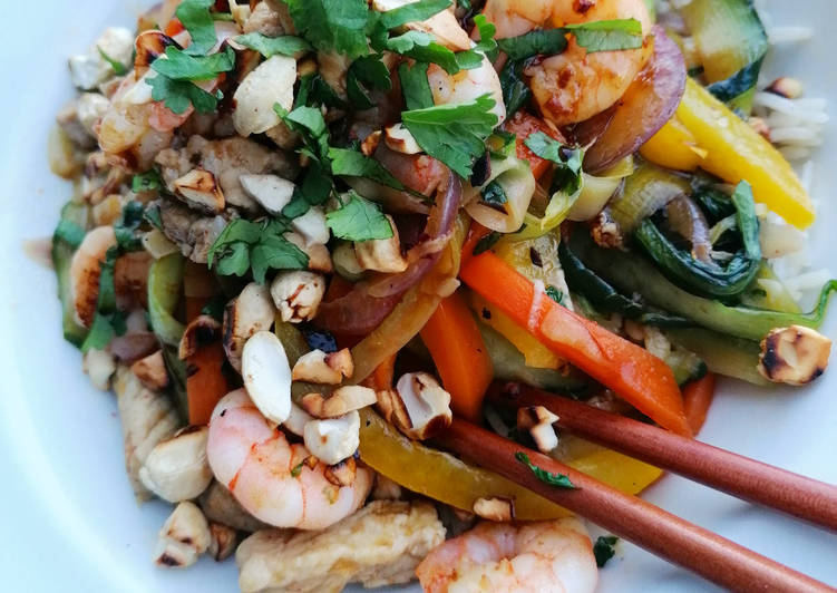 Easiest Way to Prepare Quick Nutty Pork, Prawn and Mega Veg