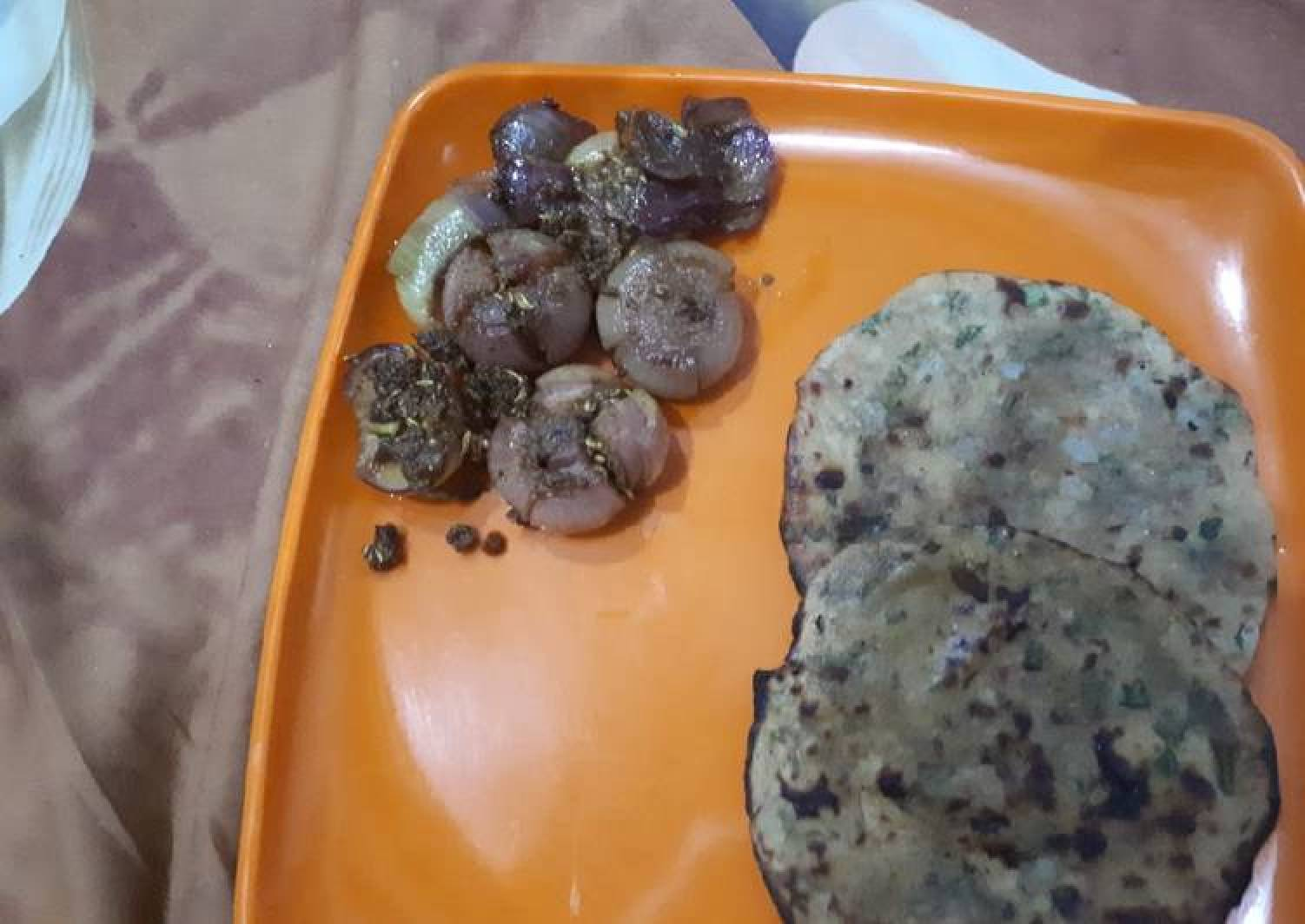 Flower onions with stuff paratha