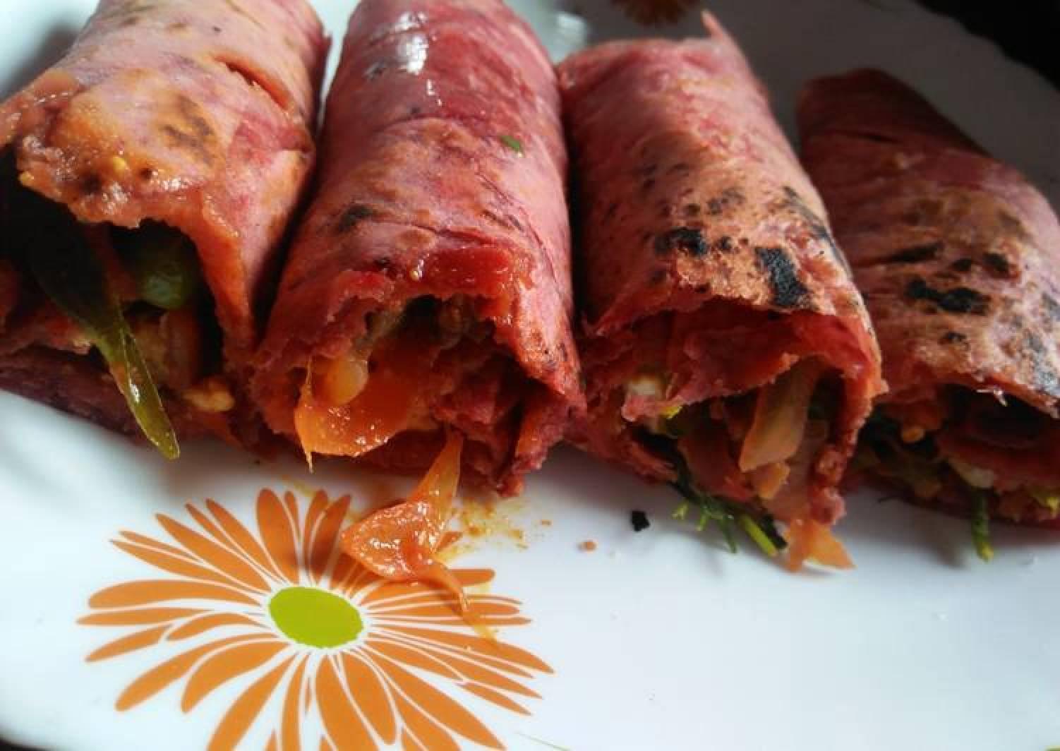 Beetroot kathi roll
