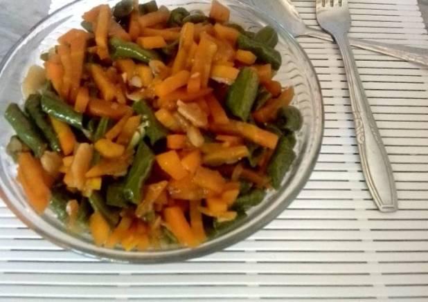 Oseng Saretak tuntang wortel (tumis kacang panjang n wortel)