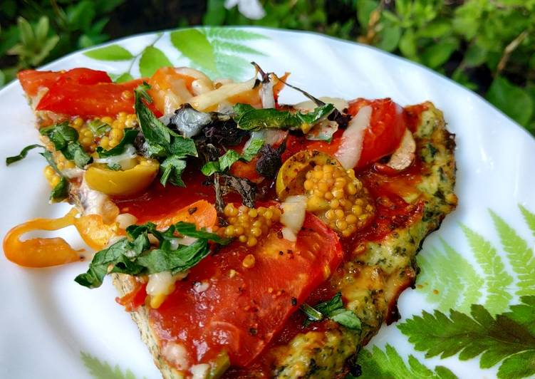 Pizza chicken pizza with spinach