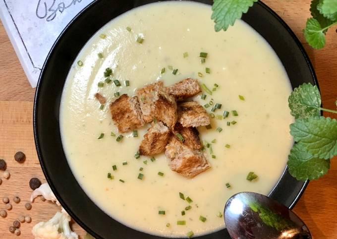 Der einfache Weg Um Ultimative Blumenkohl-Kartoffel-Creme-Suppe zuzubereiten