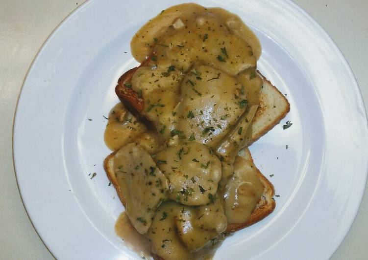 Open Face Pork Tenderloin w Gravy
