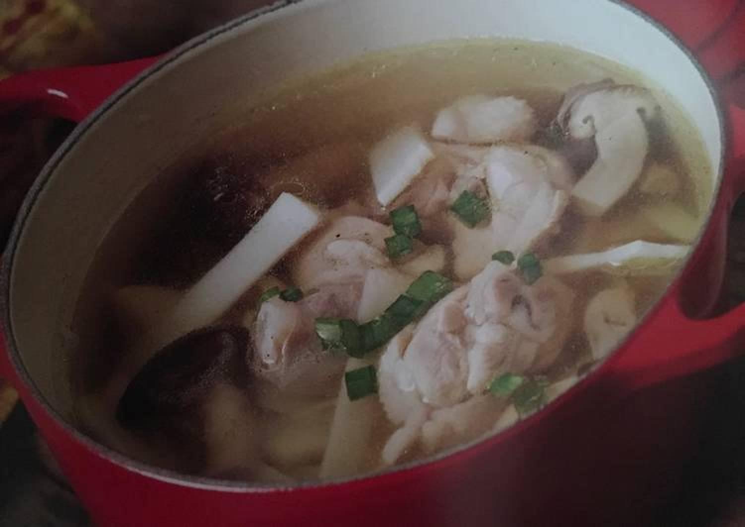 Fresh Bamboo Shoot, Mushrooms & Chicken Soup