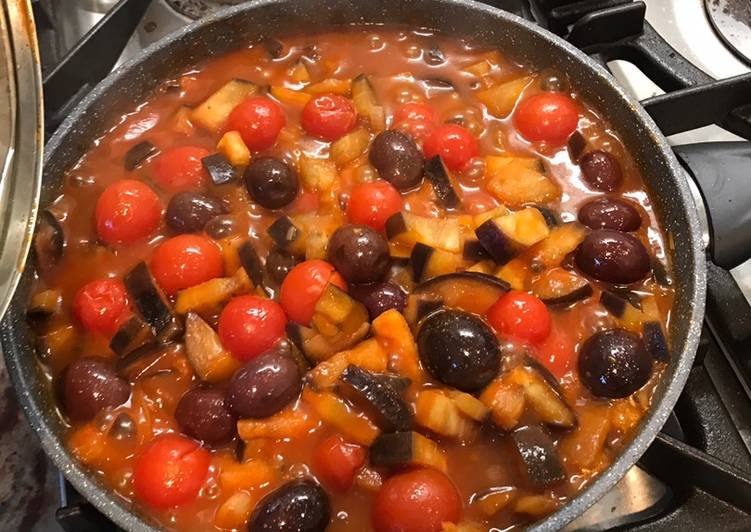 Steps to Make Perfect Aubergine, tomatoes and olives pasta sauce (vegan)