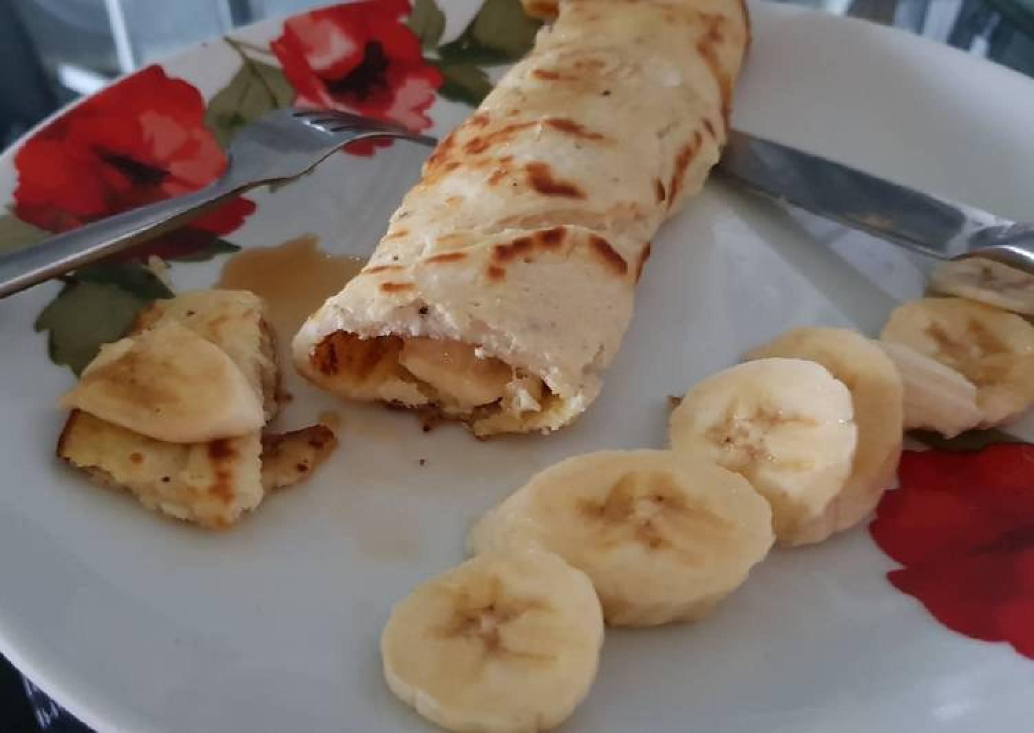 My Banana Cinnamon Pancake Wrap for Breakfast. 💗