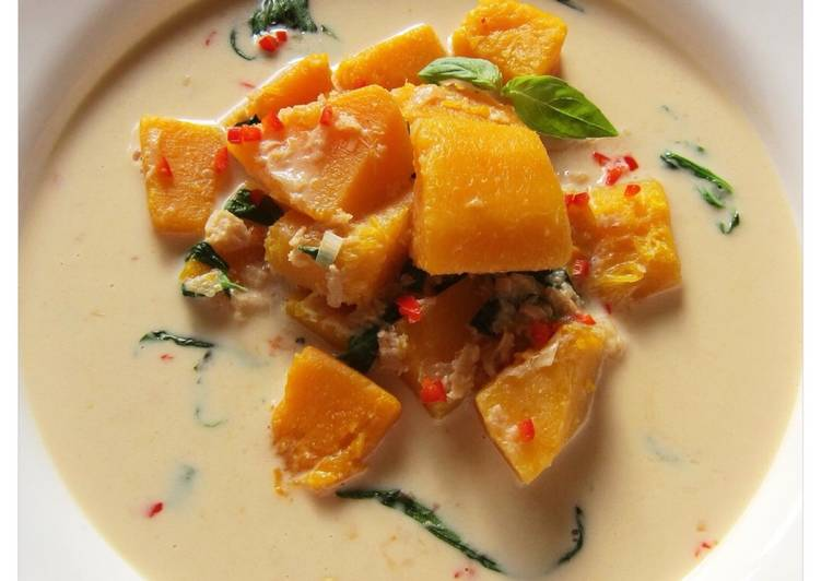 Step-by-Step Guide to Prepare Speedy Thai Pumpkin And Coconut Cream Soup