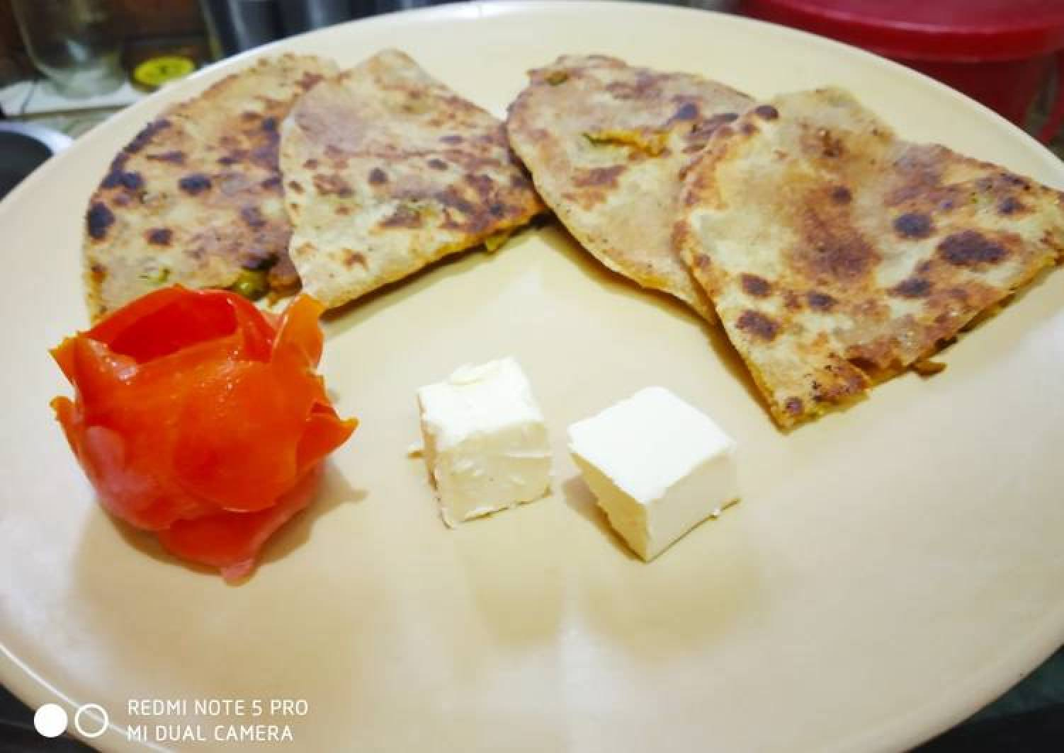 Soya Granuals with Peas Parantha