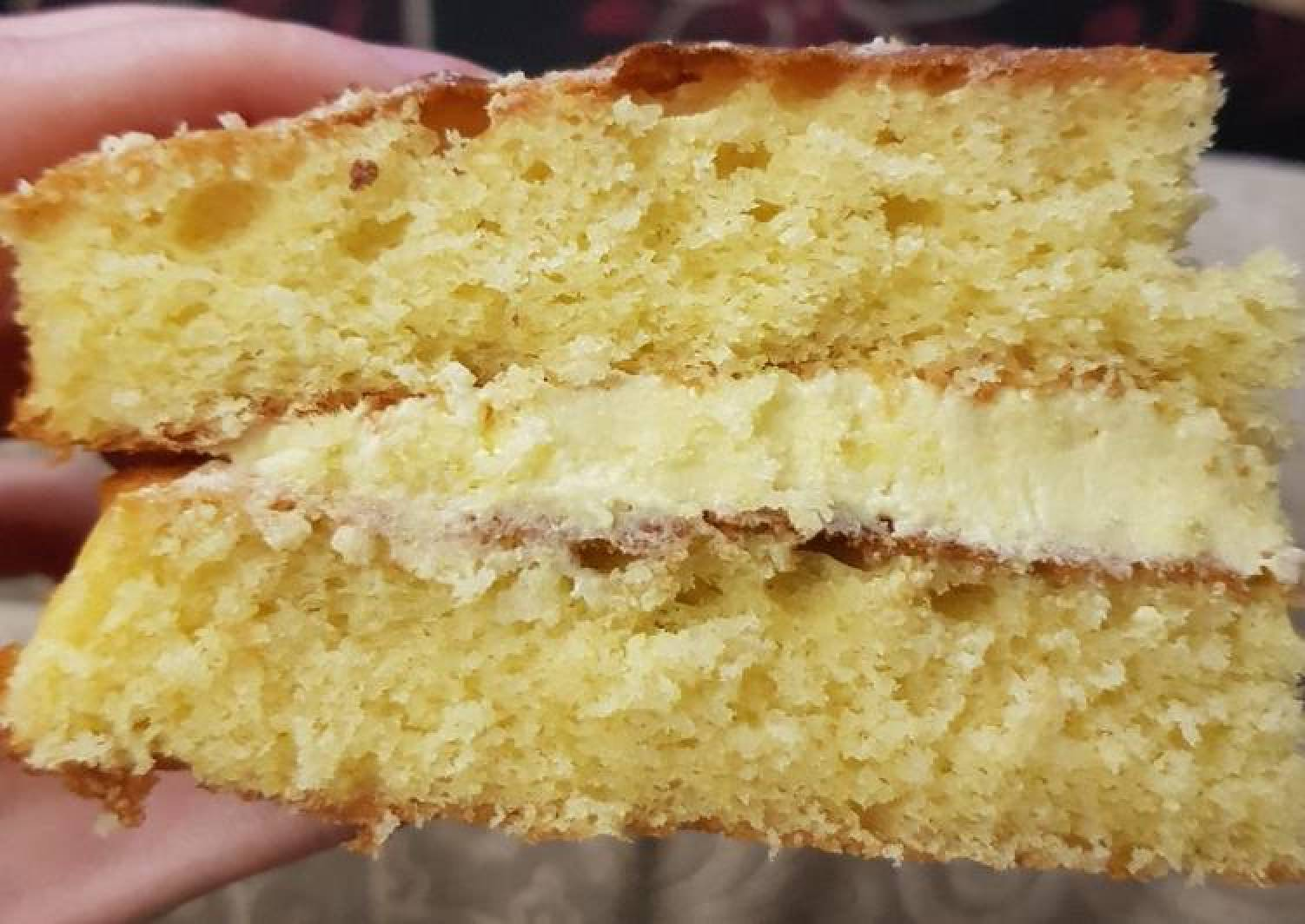 Lime sponge cake