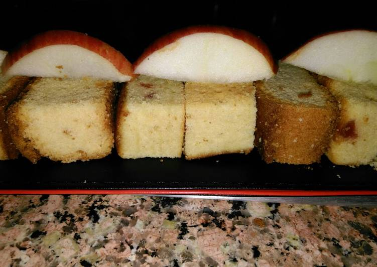Holiday season special : apple cake!