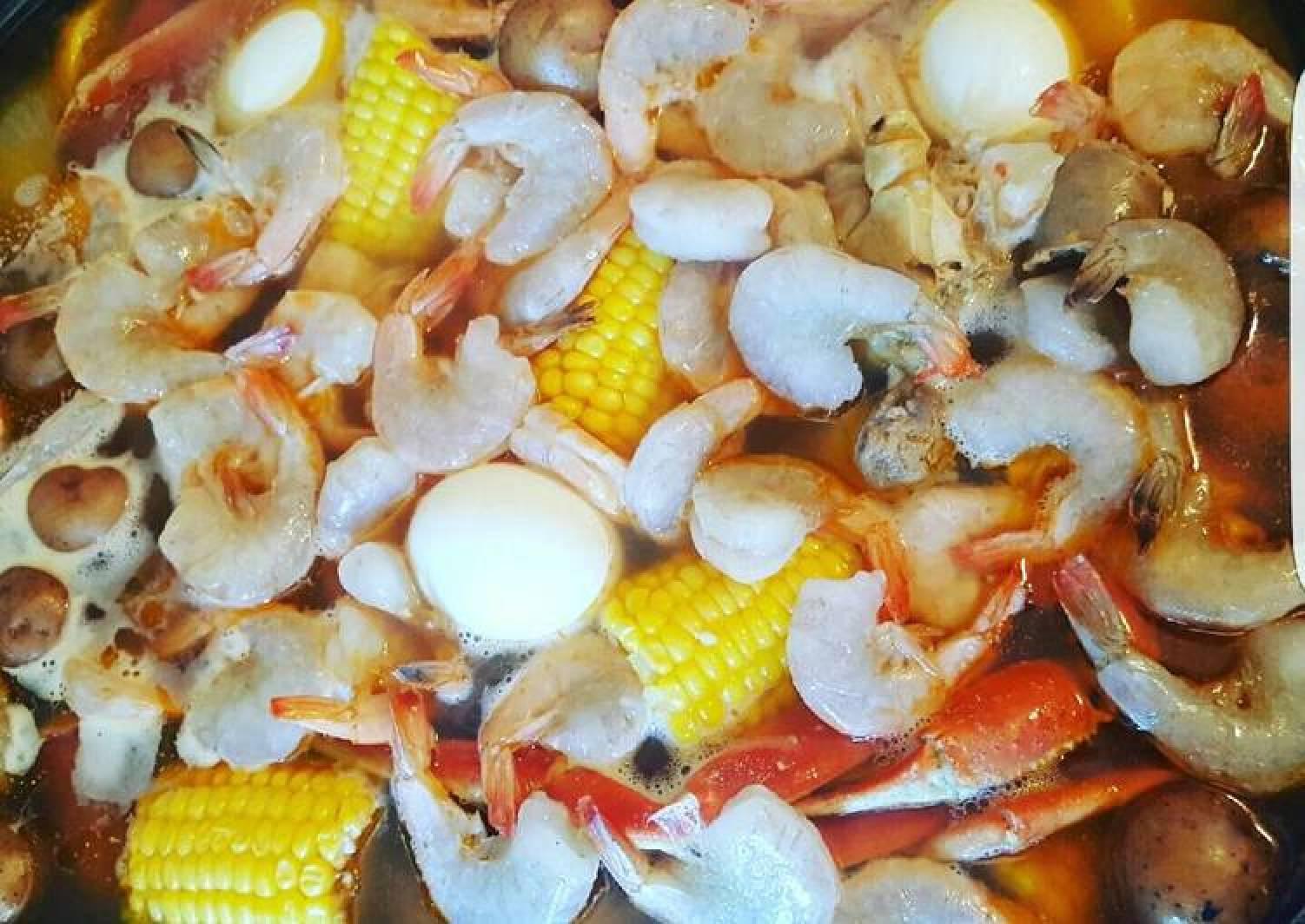 Winter Shrimp Crab Boil