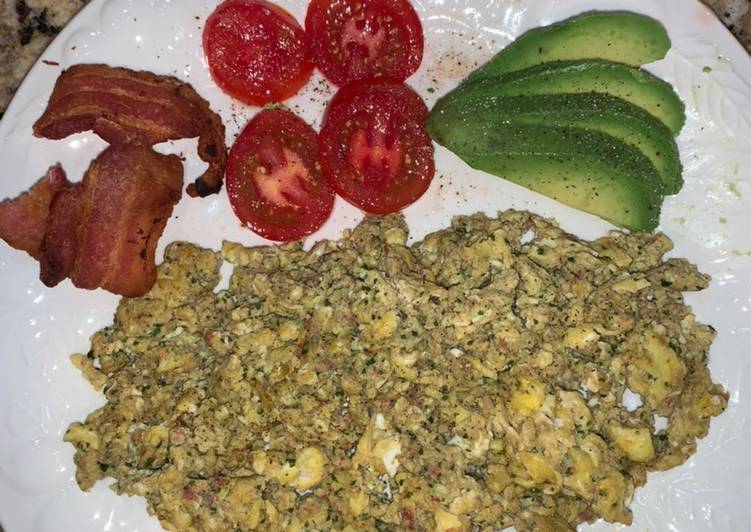 Scrambled Eggs with Jalapeño Popper Stuffing