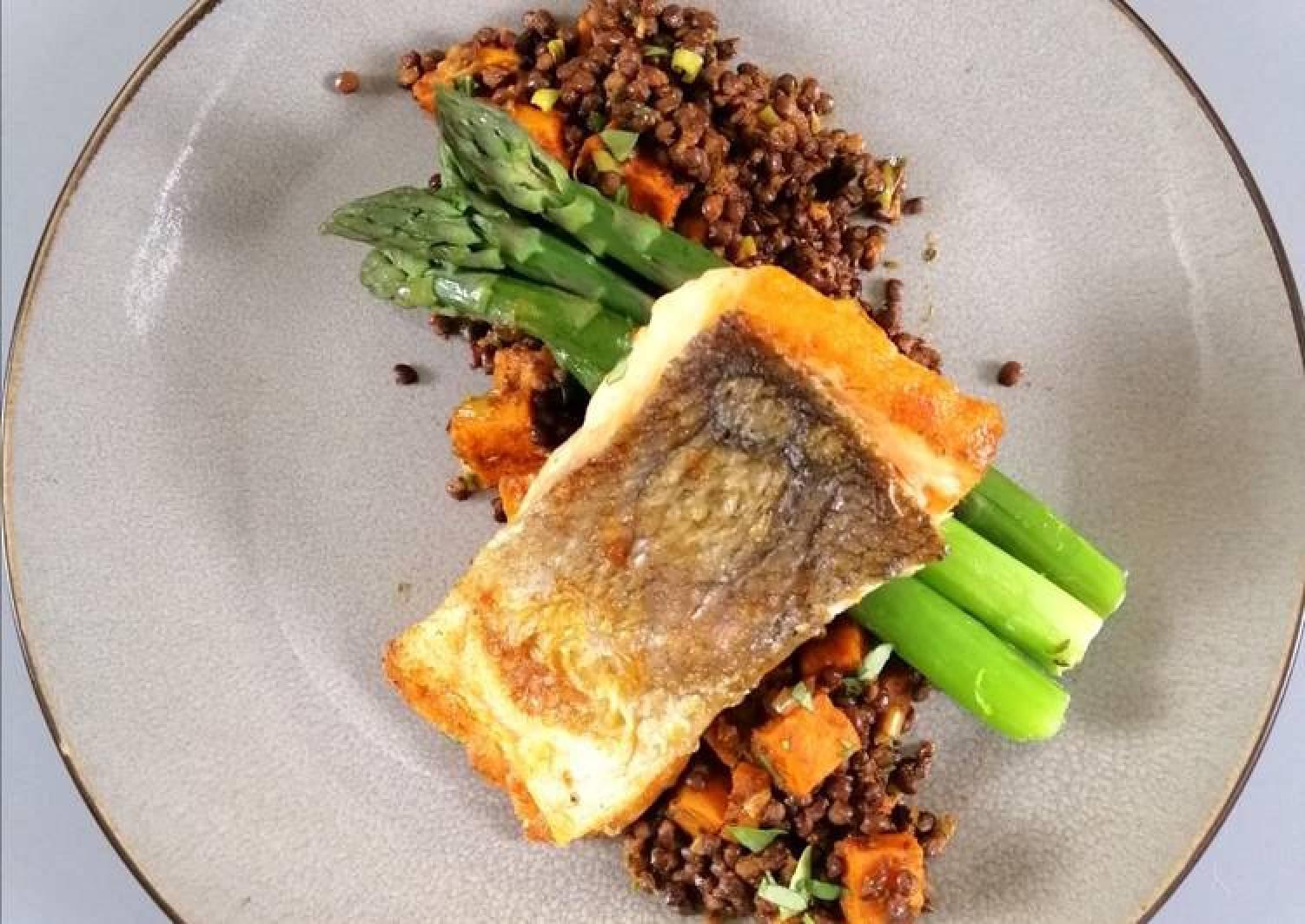 Salmon/sweet potato/black lentil/sundried tom pesto/asparagus