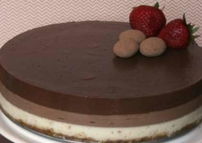 Tarta de 3 chocolates fácil