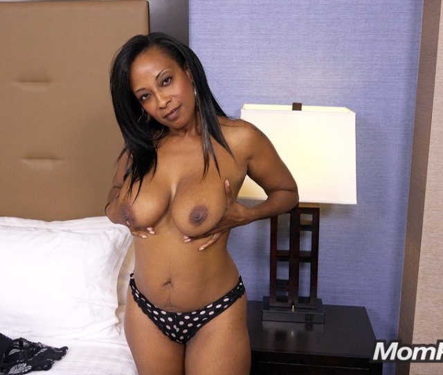 Galleries Index 41 Year Old Hot Busty Big Booty Black Mom